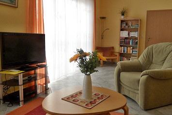 ostseebad zinnowitz auf usedom ferienwohnung kirsch f r 6 personen. Black Bedroom Furniture Sets. Home Design Ideas